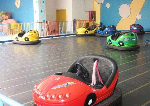 Products of bumper car rides for amusement parks