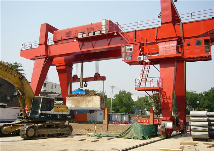The quality of 50 tonnes double girder gantry crane